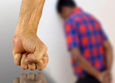 Cara Bijaksana Memecat Karyawan