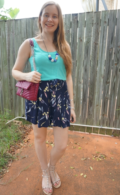 turquoise tank and navy printed short culottes with magenta bag summer stay at home mum style | away from blue