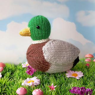 Mallard duck knitting pattern by Nicky Fijalkowska