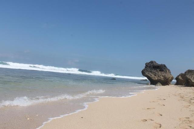 Pantai Watulawang Gunungkidul