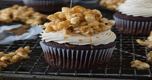 Chocolate Caramel Corn Cupcakes Recipe