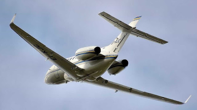 Avião que levava deputados faz pouso de emergência em MT