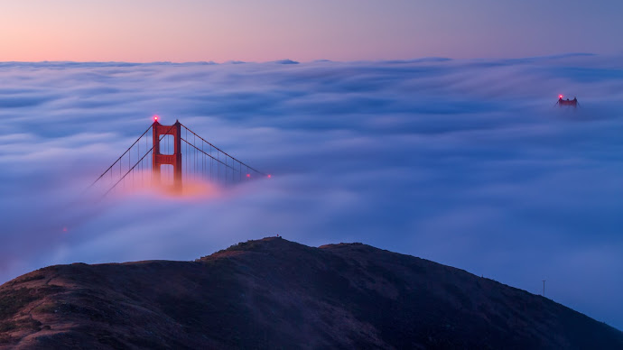 Wallpaper: Fog over Golden Gate