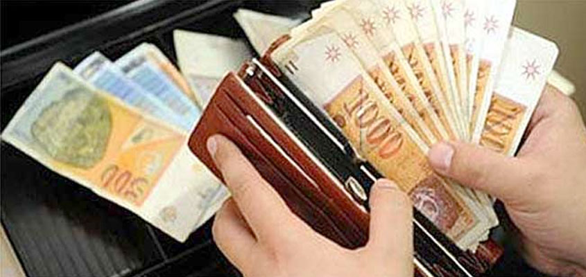 Average net salary up 1,8 percent to 367 EUR