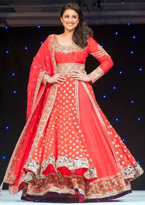Top-indian-lehenga-blouse-designs-2017-by-manish-malhotra-8