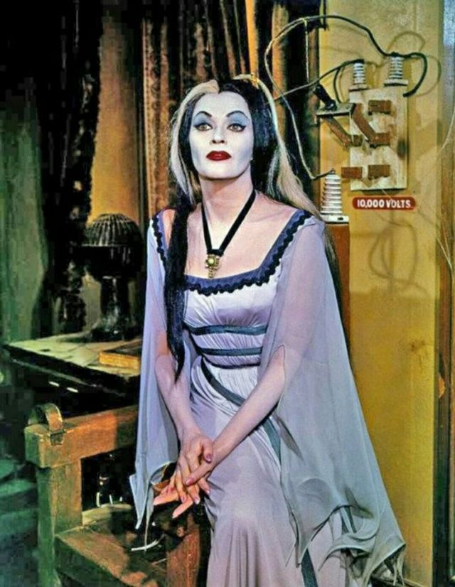 Yvonne decarlo munster lily