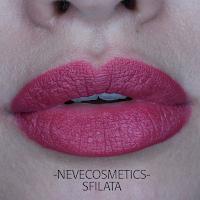 Neve cosmetics  Pastello labbra sfilata