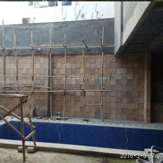 proyek pemasangan batu alam pacitoroso di Cinere Residance