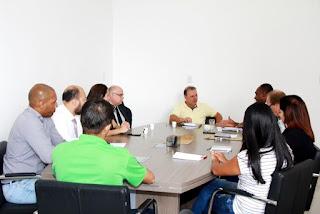 Prefeito de Registro recebe superintendência da CEF e cobra solução definitiva para os equipamentos públicos do Conjunto Habitacional Agrocha