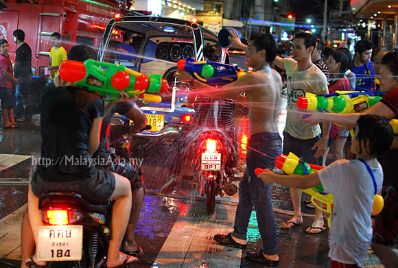 Midnight Songkran Hat Yai