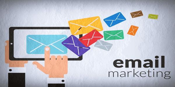 أفضل-خدمات-إنشاء-القوائم-البريدية-المجانية