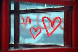 Her pencereden her perspektiften aşk