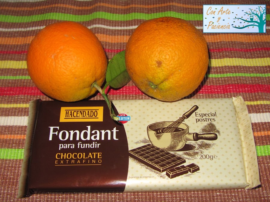 Delicatessen de naranja confitada con chocolate