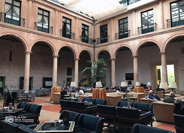 Alojamientos Castilla y León Parador de Lerma claustro