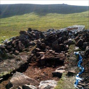 Une tombe découverte sur le site de la carrière de Stonehenge