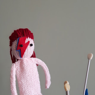 Aladdin Sane knitted by Nicky Fijalkowska