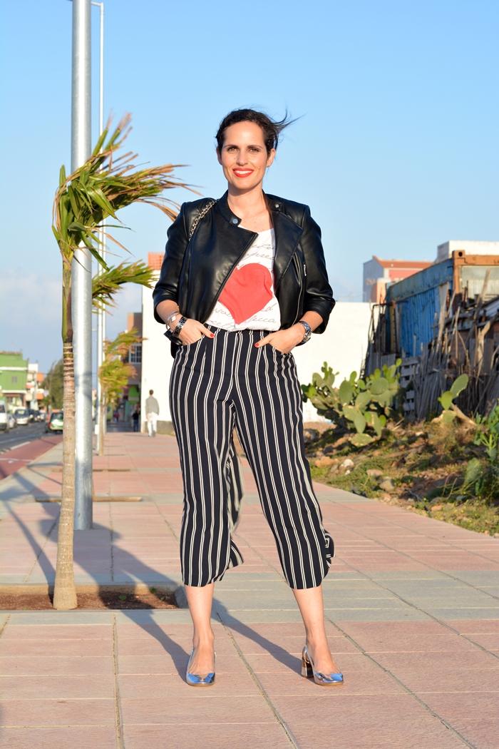 bershka-culotte-pant-zara-silver-shoes