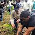 Medio Ambiente reforesta en río Ozama junto a artistas urbanos