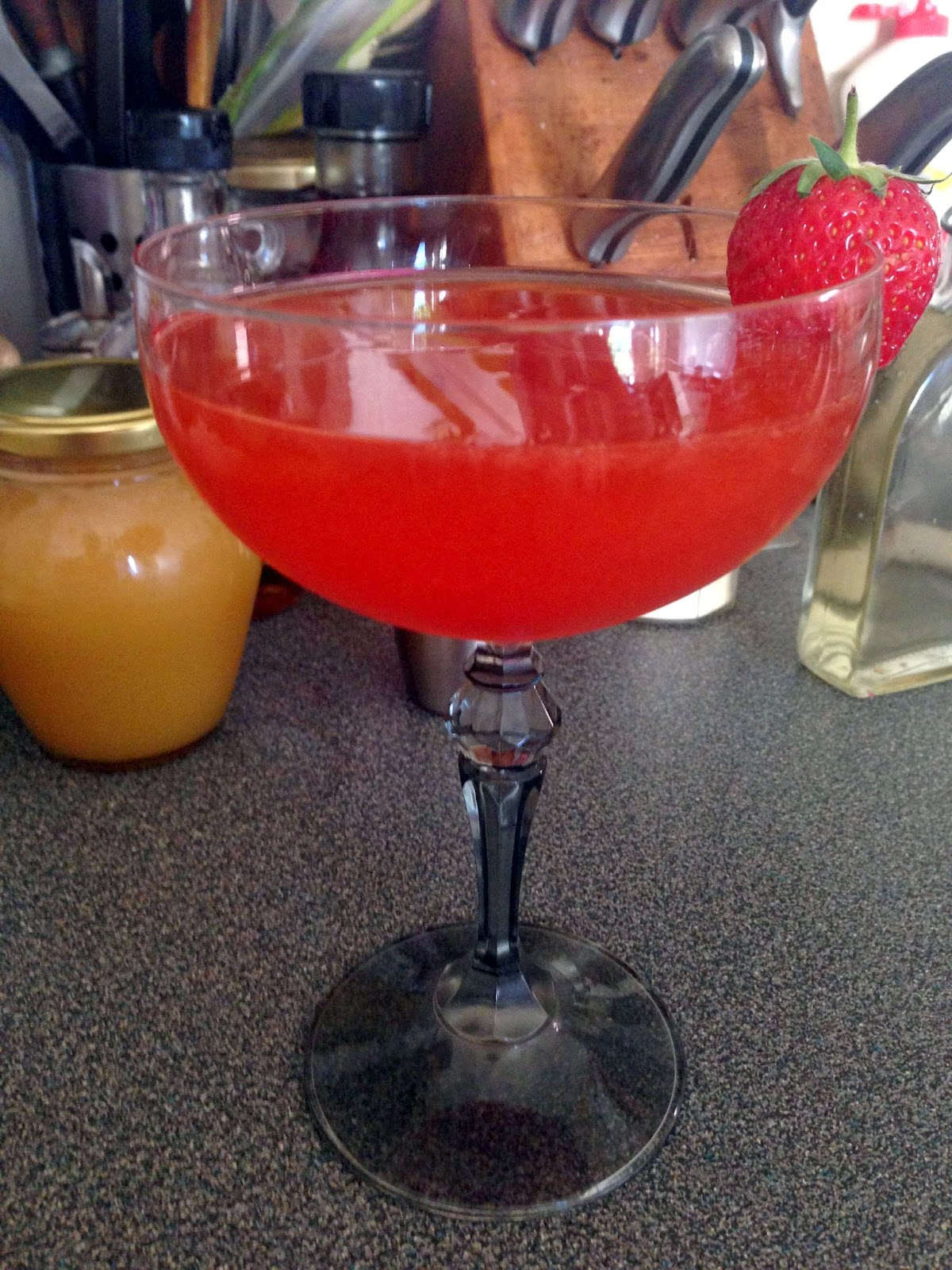 Stitch & Bear - Strawberry daiquiri - Voila