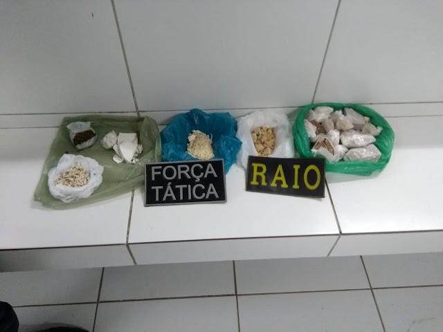 Raio e Força Tática realizaram prisão por tráfico de drogas em Crateús