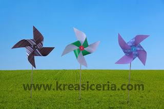 Kincir angin dari kertas untuk prakarya