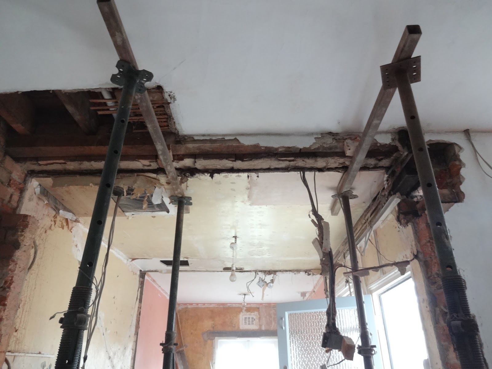 Kezzabeth uk home renovation interiors and diy blog things to know about removing load bearing walls platinumwayz