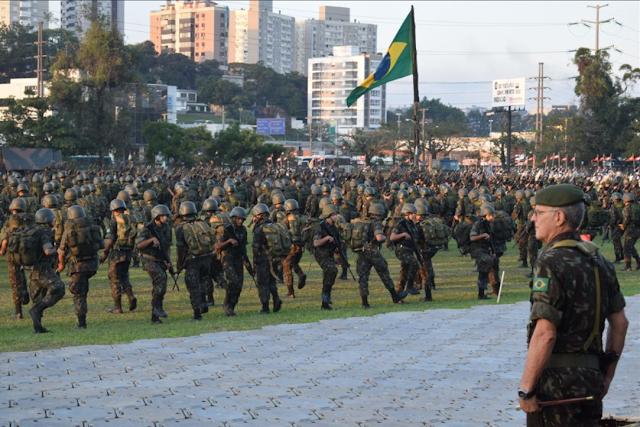 ATENÇÃO! FORÇAS ARMADAS DE PRONTIDÃO!