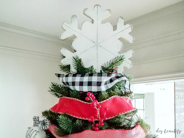 How to Make a $3 Farmhouse Tree Topper