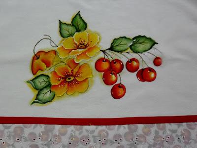 """""""papoulas amarelas e cerejas pintadas em pano de copa"""""""