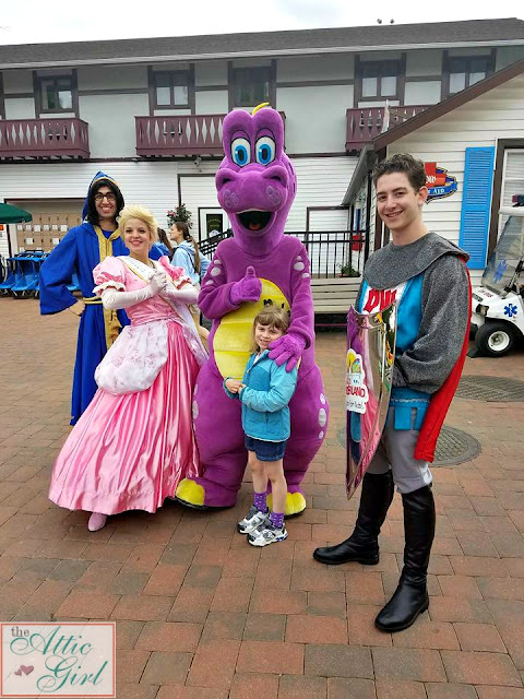 Dutch Wonderland, Princess Brooke, Merlin, Duke, Knight