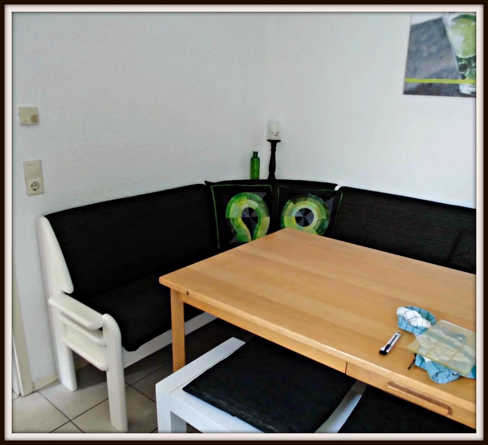 rote herzens n hwelt kissen fertig. Black Bedroom Furniture Sets. Home Design Ideas