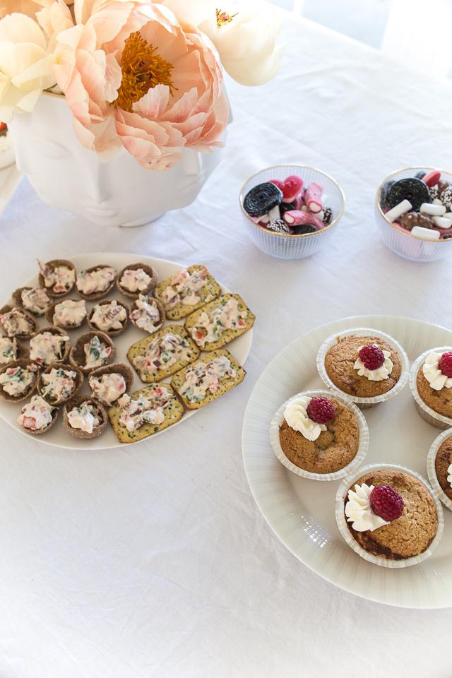 raparperitäytteiset muffinit, resepti, villa h, juhlat, tarjoilujuhliin