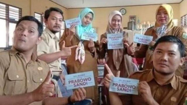 6 guru honorer dipecat karena dukung Prabowo Sandi