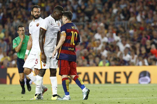 Messi se lleva el premio de Mejor Gol del Año de la UEFA