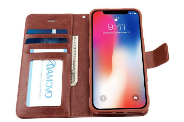 Melepas Case iPhone yang Sedang Dipakai