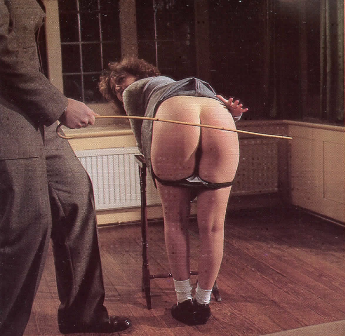 rated-spank-knelt-surrendered-tamed-teacher-wet-pussy