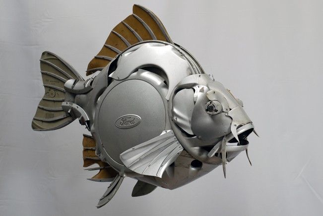 20-Mirror-Carp-Ptolemy-Elrington-Hubcap-Creatures-and-other-Car-Parts-Animal-Sculptures-www-designstack-co
