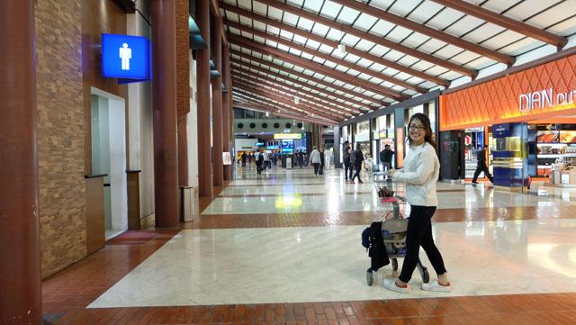 selfie,travel,jakarta,indonesia