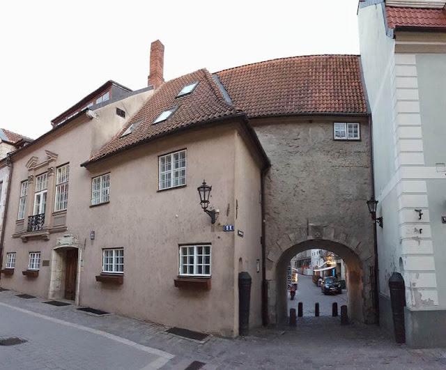 puerta sueca de riga