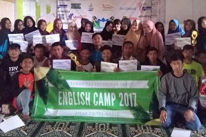 English Camp di Taman Bahagia Bersama KOMPEGA