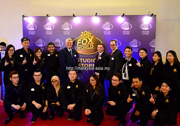 Malaysia Fox World Studio Store Staff