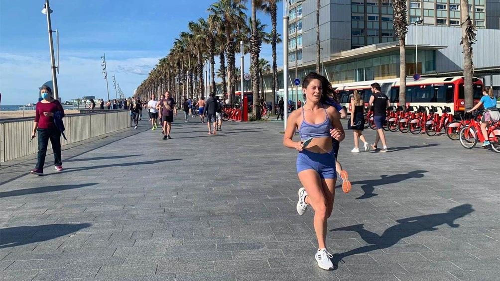 Salida masiva a hacer deporte y pasear en España, tras siete semanas de encierro