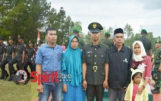 Anak Kulit Bangunan Lulus Jadi Tentara