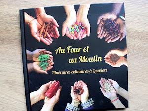 Un livre de cuisine du monde avec la ville de Louviers