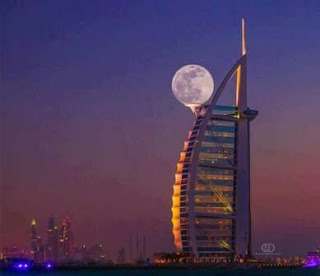 moon in dubai
