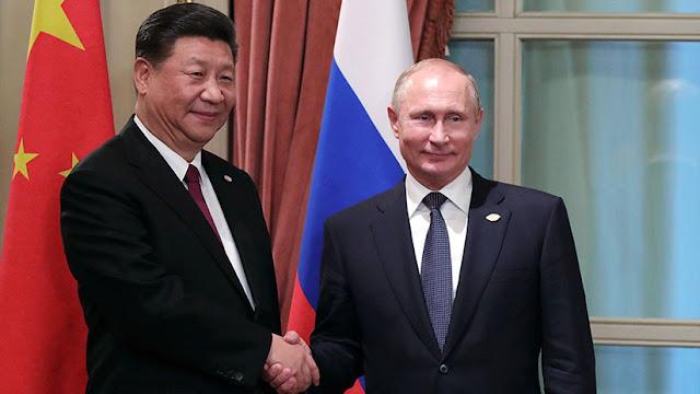 Putin ofrece a Xi Jinping ser el invitado principal del próximo Foro Económico de San Petersburgo