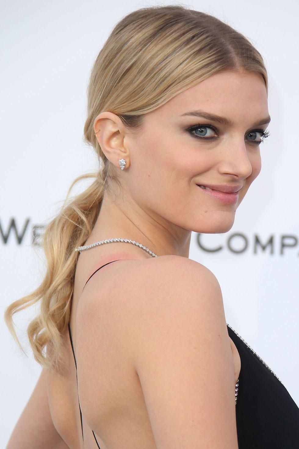 9 Of The Best Dark Blonde Hair Color Looks We Love Hair Fashion Online