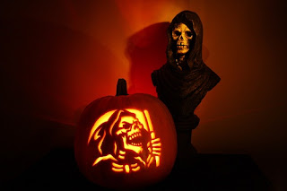 Scary-Pumpkin-Carving-for-Halloween