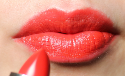 Dolce & Gabbana Classic Cream Lipstick in Fire 235 review swatches