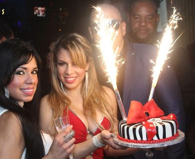 nite sparx big birthday candles champagne bottle sparklers